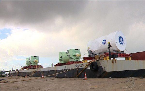 Transporte de turbinas interrompe parcialmente trânsito na SE-100
