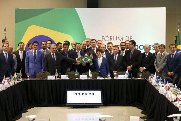 Bolsonaro deve se reunir com governadores do Nordeste dia 21