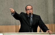 Vereador diz que prefeito de Aracaju mente sobre o reajuste dos professores