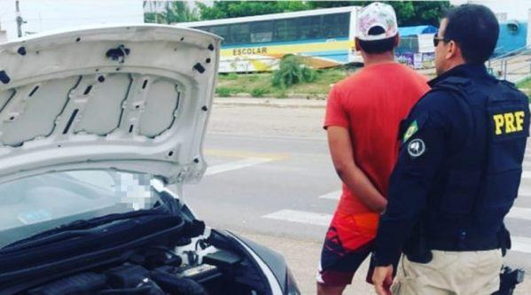 BR 235: PRF apreende veículo adulterado e com registro de roubo/furto em Itabaiana