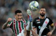 Em domingo de confusão no Maracanã, Vasco vence o Fluminense e é campeão da Taça Guanabara