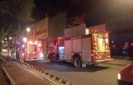 Incêndio atinge madeireira no Bairro Santo Antônio em Aracaju