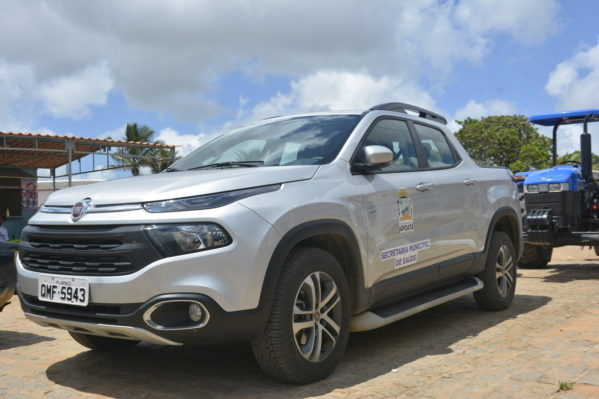 Município de Japoatã recebe veículo e equipamentos para saúde