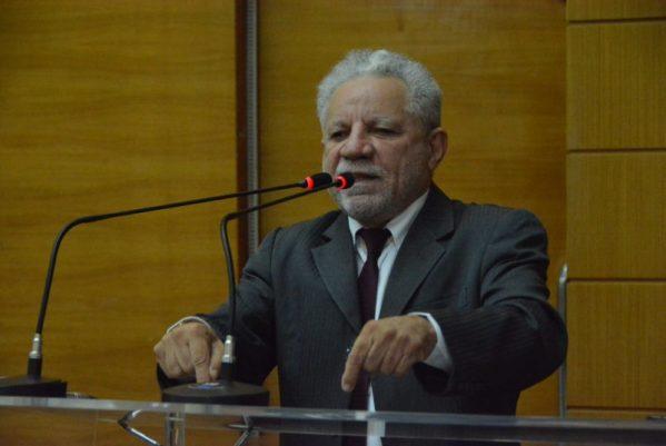 Deputado Gualberto sugere ao Estado publicidade mais didática sobre vacinas contra Covid-19