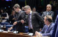 Senador Alessandro Vieira pede à PGR que investigue presidente do STF