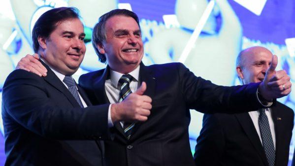 'Gostaríamos de não ter que fazer a reforma da Previdência, mas somos obrigados', diz Bolsonaro