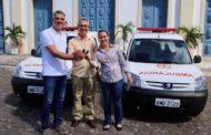 Prefeito entrega duas ambulâncias e reforça serviços na saúde de  São Cristóvão