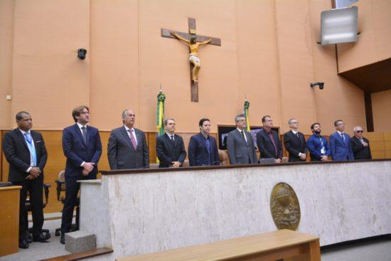 Deputado Luciano Pimentel conduz audiência pública em busca de soluções para Caueira