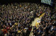 Texto-base da reforma da Previdência é aprovado em primeiro turno na Câmara