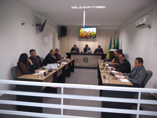 Após recomendação do TCE e MPE, Câmara Municipal de Vereadores de Umbaúba aprova Projetos de Leis que retiram nomes de pessoas vivas das escolas municipais