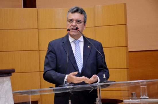 TRE cassa mandato do deputado federal Bosco Costa