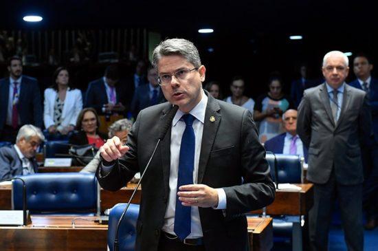 Senador Alessandro deve protocolar nesta terça-feira, mais uma vez, CPI da Lava Toga