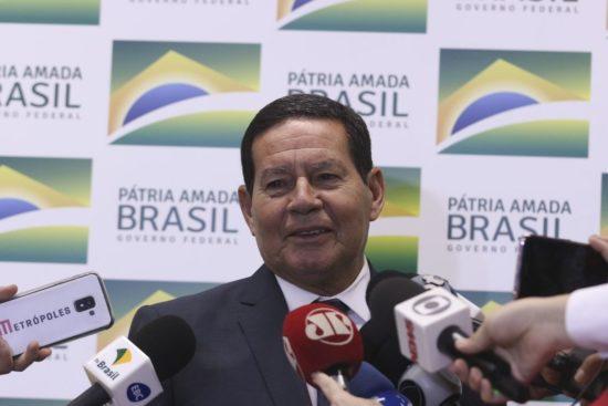 Governo vai desbloquear R$ 20 bilhões até o fim do ano, diz Mourão