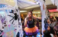 Maysa Reis anima Bailinho de Halloween no Shopping Jardins
