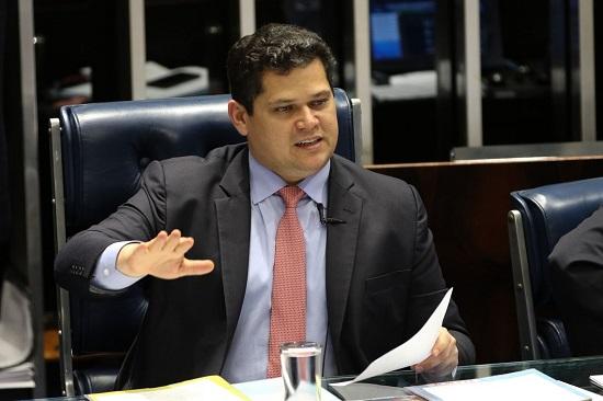 Óleo: presidente em exercício visitará Sergipe nesta quinta, 24