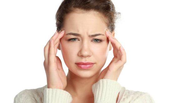 Dor de cabeça: entenda os tipos e seus sintomas