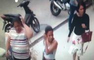 Câmeras flagram mulheres roubando bolsas em loja, no interior do Estado; assista