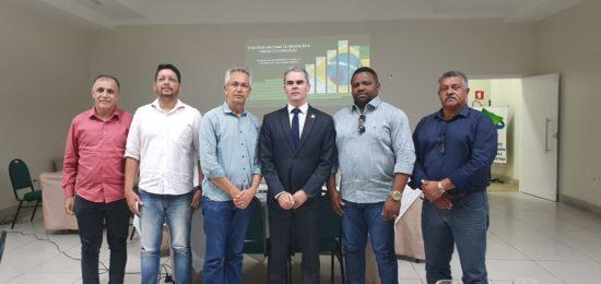 Presidente Jair Bolsonaro assina desfiliação e deixa oficialmente o PSL