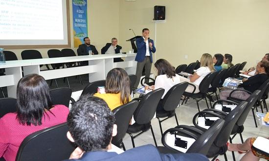 Receita orienta prefeitos a renegociarem dívidas previdenciárias