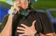 Cantor sertanejo Juliano Cezar morre após sofrer um infarto em pleno show