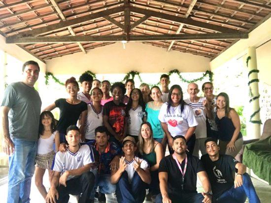 Grupo de voluntários realiza ação com idosos do Lar Isaías Gileno Barreto