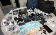 Servidor da Secretaria de Justiça  preso ao tentar entrar no Presídio de São Cristóvão com 47 celulares