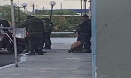 Homem é espancado após tentar matar mulher no centro de Aracaju