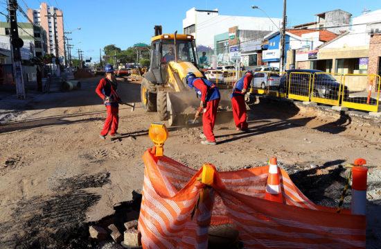 Veja as alterações no trânsito nas avenidas que estão em obras