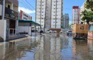 Maré alta provoca inundações nos bairros 13 de Julho e Bugio