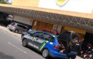 Polícia Militar prende cincos suspeitos de invadir o GBarbosa do Orlando Dantas
