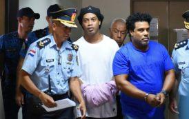 Justiça do Paraguai decide manter Ronaldinho Gaúcho e Assis presos