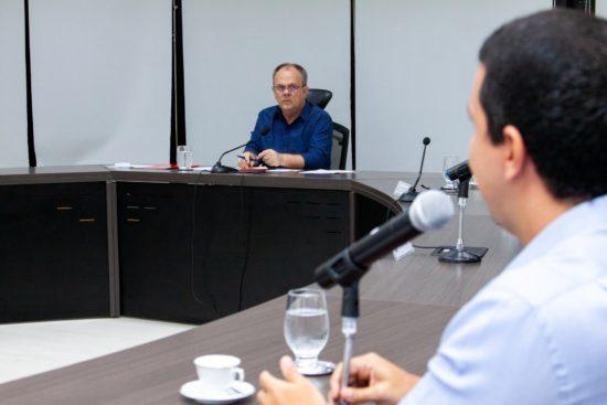 Em reunião com empresários, Governador de Sergipe descarta reabertura do comércio