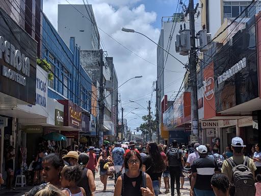 Governo de Sergipe altera medidas e permite abertura do comércio e das praias no Dia de São Pedro; confira o que pode funcionar