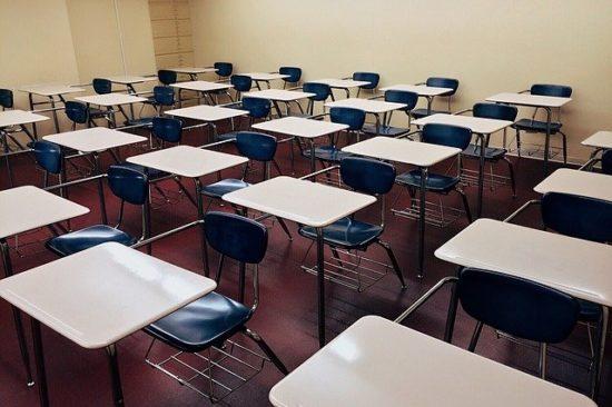 Escolas particulares deverão estender férias até dia 30 de abril