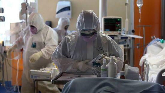 Profissionais que estão na linha de frente da covid-19 no Hospital Universitário não recebem insalubridade