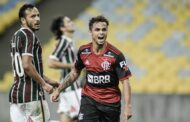 Flamengo leva sufoco, mas vence o Flu e sai na frente na decisão do Carioca