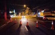 Motorista se envolve em acidente e derruba três postes de alta tensão em Aracaju