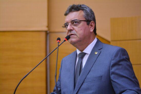 Luciano Pimentel manifesta apoio aos profissionais de educação física