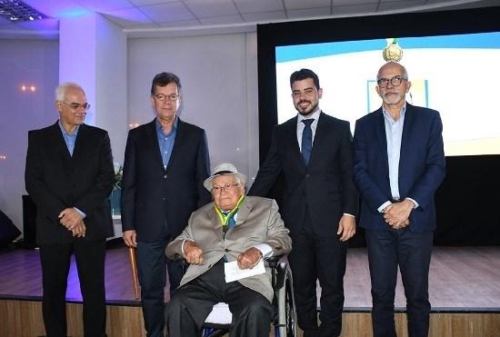 Bancada do MDB na Câmara de São Cristóvão indica Paulo Junior para pré-candidato a vice de Marcos Santana