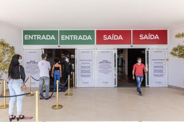 Shoppings Jardins e RioMar mantêm horário de funcionamento