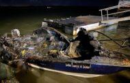 Piloto ateia fogo em embarcação e é detido com 208 kg de haxixe, diz Marinha