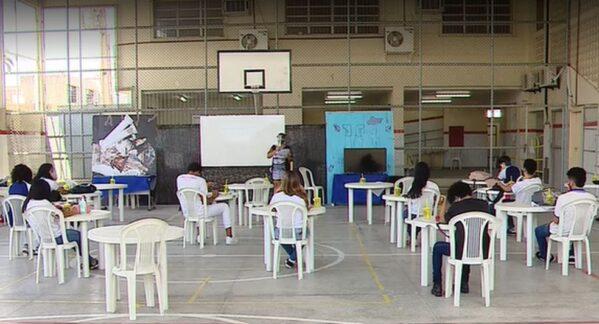 Aulas presenciais são retomadas em 31 das 209 unidades de ensino do estado em Sergipe, diz Seduc