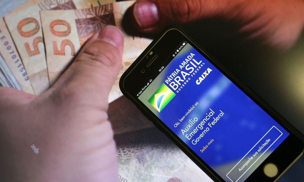 Caixa começa novo ciclo de pagamento do auxílio emergencial; veja as datas