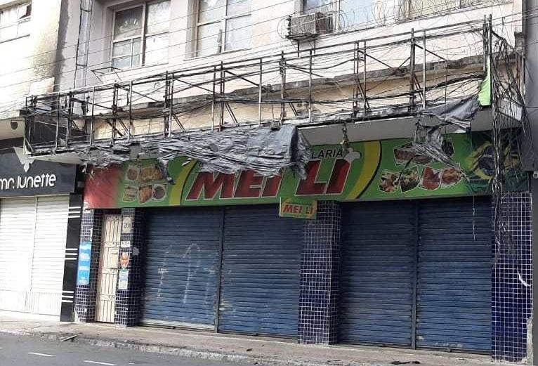 Incêndio em fiação danifica loja no Centro Comercial de Aracaju