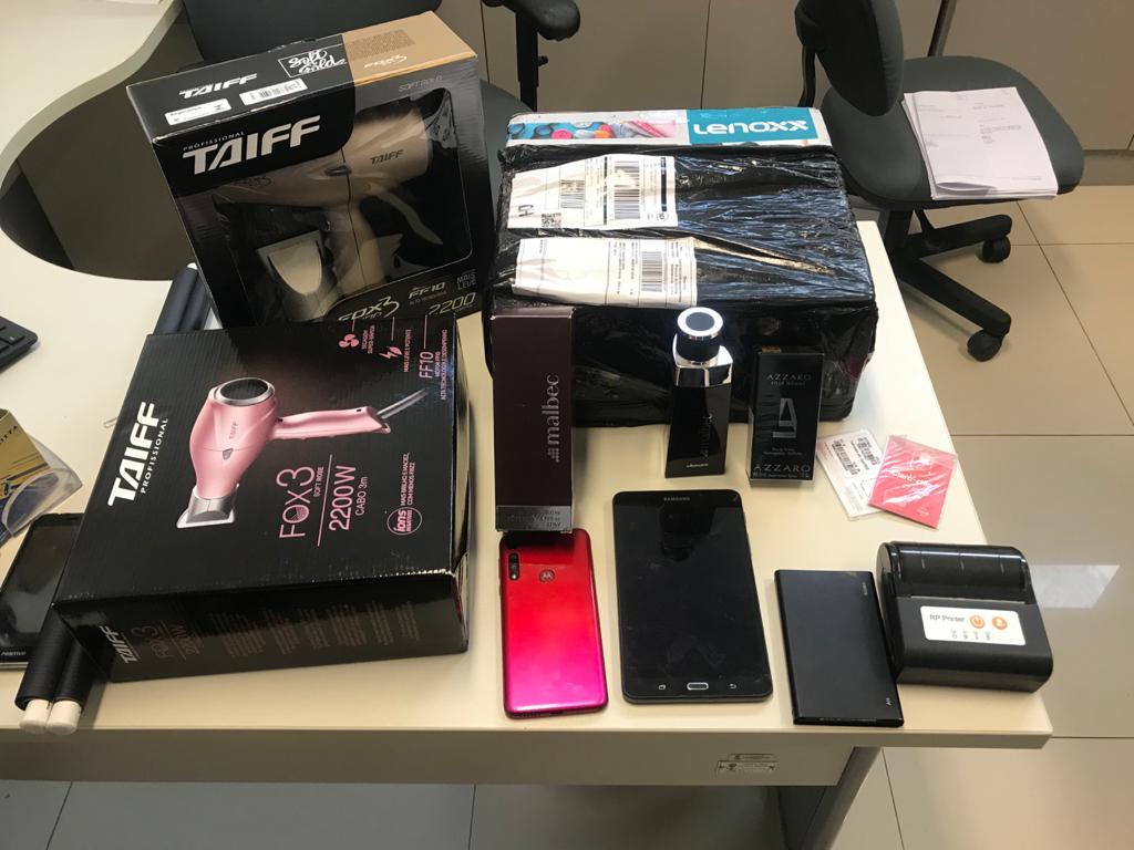 Polícia Civil prende suspeito de comprar produtos com cartões clonados e revendê-los em sites de venda
