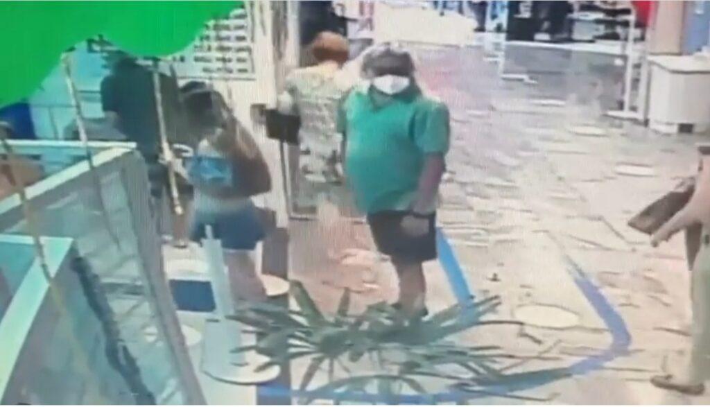 Sergipe procura homem flagrado por câmara tentando filmar partes intimas de uma jovem que estava de saia