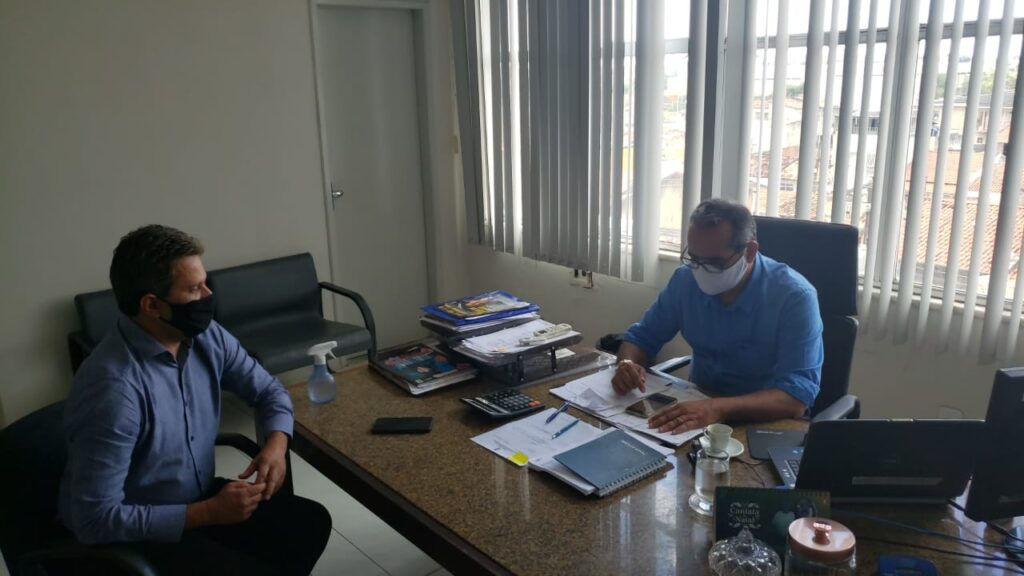 Juca busca parceria para a manutenção das rodovias estaduais em Laranjeiras