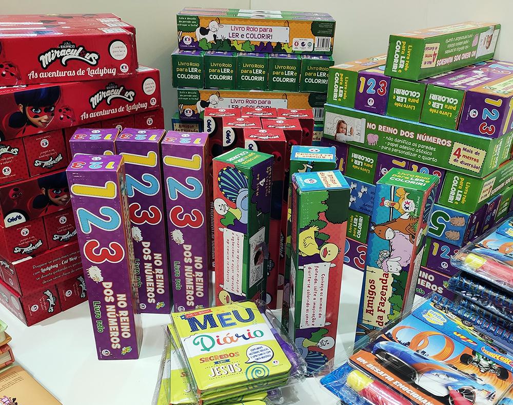 Shopping Jardins recebe feira com livros a partir de R$5
