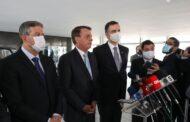 Presidente Bolsonaro se reúne com novos presidentes da Câmara e do Senado