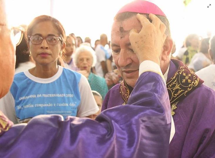 Missa de Cinzas marca início do período da Quaresma para os cristãos